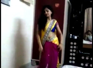 Super-sexy desi women dance steaming