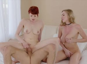 Kendra and Bree in an outstanding 3some