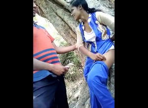 Indian youngster duo screwing in jungle